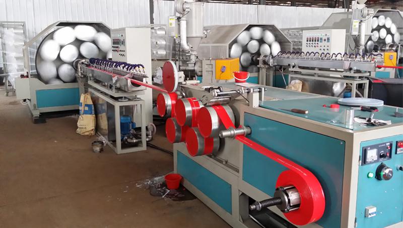 PVC涂塑水带生产线     (pvc纤维增强一层(双层)编织水带)